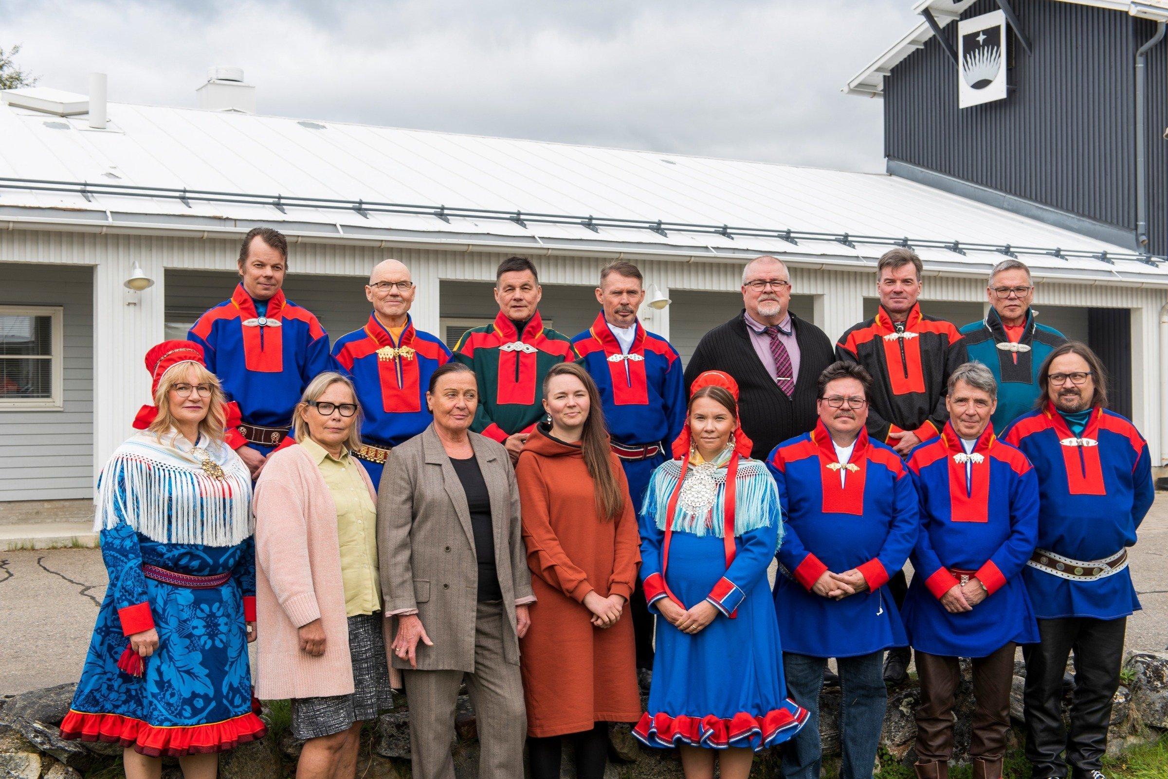 Utsjoen kunnanvaltuuston puheenjohtajaksi Uula Tapiola, kunnanhallitusta johtaa Väinö Guttorm